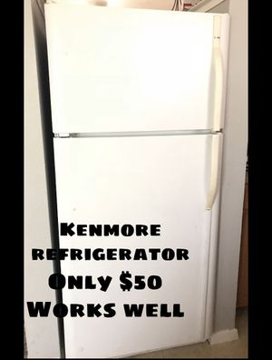Kenmore working Refrigerator!! for Sale in Dallas, TX