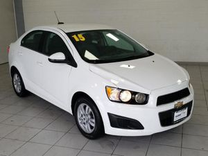 2015 Chevy Sonic for Sale in Hickory Hills, IL
