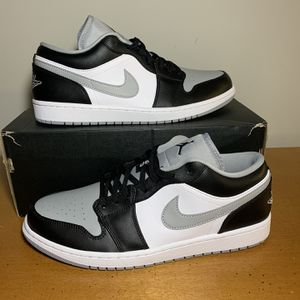 "Jordan 1 Low ""Shadows"" Size 11 for Sale in Smyrna, GA"