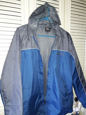 PRAIRIE MOUNTAIN BLUE N GREY JACKET for Sale in Cleveland, OH