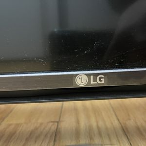 LG 43 inch Smart TV for Sale in Chicago, IL