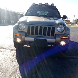 2004 Jeep Renegade 4x4 Automatic for Sale in Dayton, OH