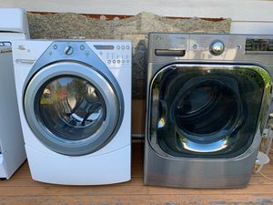 LG Whirlpool washer dryer for Sale in Federal Way, WA