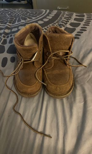 Girl Size 12 Uggs for Sale in Germantown, MD
