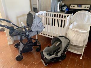 Newborn Baby Bundle for Sale in El Paso, TX