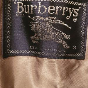 Burberry Trench for Sale in Philadelphia, PA