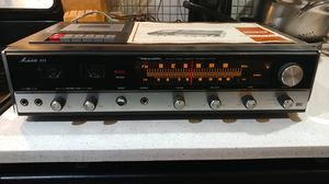 VINTAGE REALISTIC (MODEL NO. 14 -877) HOME STEREO RECEIVER w/ SOLID STATE STEREO PRE-AMPLIFIER!!! for Sale in Tempe, AZ