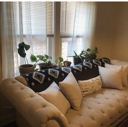Beautiful Used Couch and Chaise Lounge for Sale in Detroit,  MI