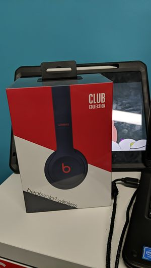 Beats solo 3 for Sale in Maplewood, MN