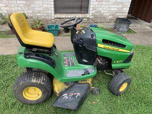 John Deere LA125 lawn tractor automatic for Sale in Richmond, TX
