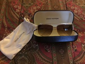 AUTHENTIC LOUIS VUITTON SHADES for Sale in New York, NY