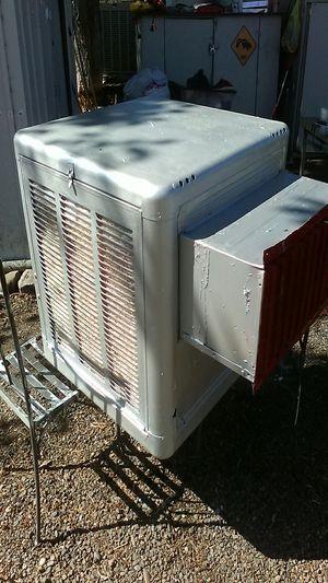 "Swamp cooler 28""×28""×28"" for Sale in Sacramento, CA"