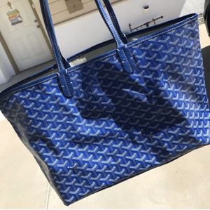 Blue tote for Sale in Rockville, MD