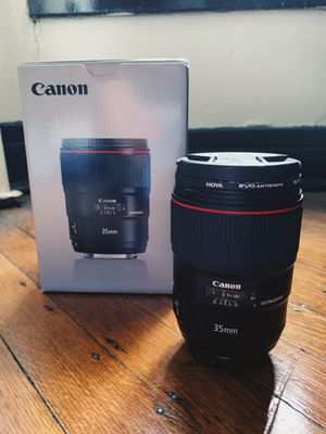Canon 35mm 1.4 ii for Sale in Indianapolis, IN