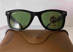 Brand New Authentic RayBan Wayfarer Sunglasses for Sale in San Francisco, CA
