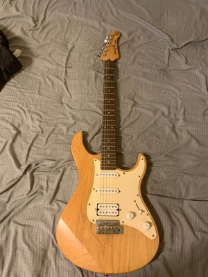 Yamaha Guitar for Sale in Cleveland, OH