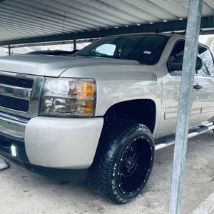 2009 Chevrolet Silverado 3500 HD for Sale in Houston, TX