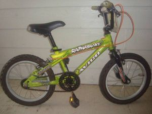 Avigo Mountain Bike for Sale in Houston, TX