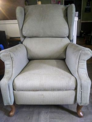 Recliner for Sale in Bay Springs, MS