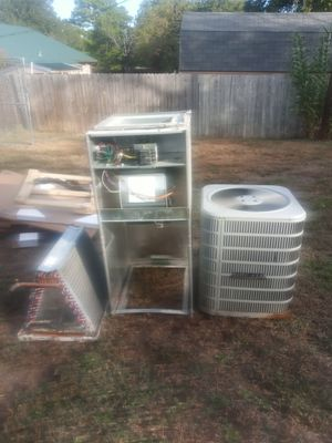 Complete system air handler and condenser 410A freon in good conditions $500 for Sale in Dallas, TX