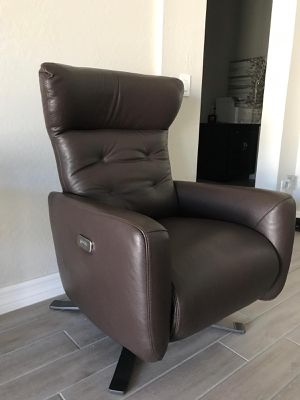 Federica Brown Italian Leather Battery Power Contemporary Recliner / Leather Power Recliner - BRAND NEW for Sale in Glendale, AZ