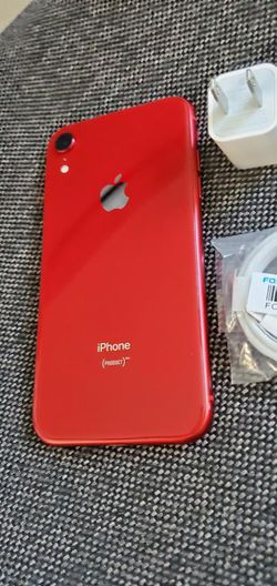 iPhone XR, |Factory Unlocked & iCloud Unlocked..Full fresh Like New & This phone comes with accessories... for Sale in Springfield,  VA