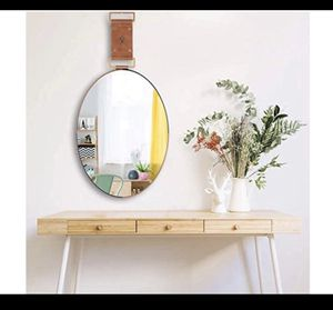 Oval mirror decor for Sale in San Bernardino, CA