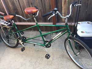 """Crestline tandem cruiser style mountain bike fully tuned ride ready 26"""" wheels for Sale in Monterey Park, CA"""