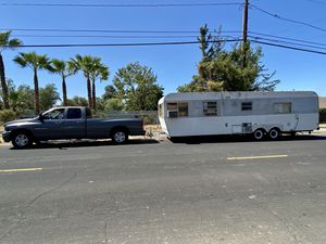ideal vintage travel trailer for Sale in Moreno Valley, CA