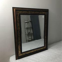 Vintage Mirror for Sale in Laurel,  MD