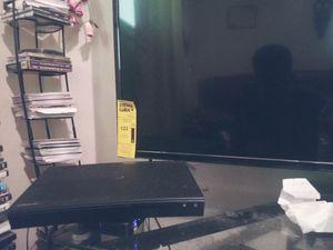 TCL 4k roku smart 49 inch tv,Samsung blue ray 4k dvd player for Sale in Shreveport, LA