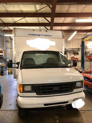 """Ford E350 box truck 16"""" for Sale in Livermore, CA"""