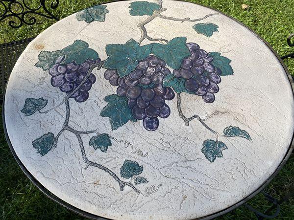 Bistro metal Grape table