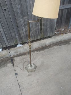 Old Solid Brass Lamp for Sale in Dallas,  TX