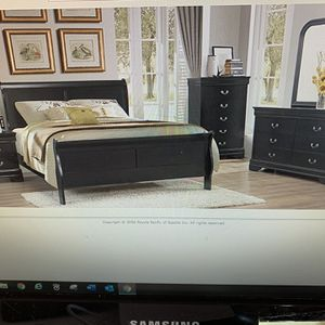 Queen Bed Room Set ( queen Bed Frame, Dresser, Mirror And 1 Night Stand ON SALE for Sale in Federal Way, WA