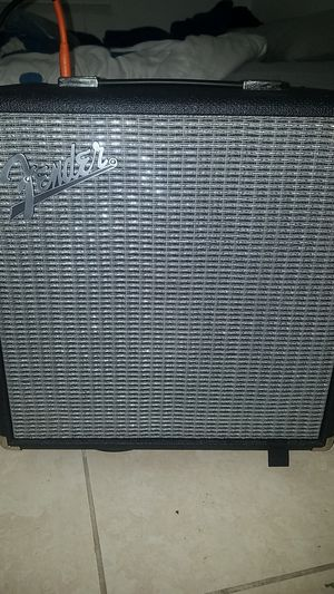 Fender rumb. 25 for Sale in Miami, FL