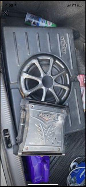 Kicker subwoofer and amp 300 watt for Sale in Chesapeake, VA