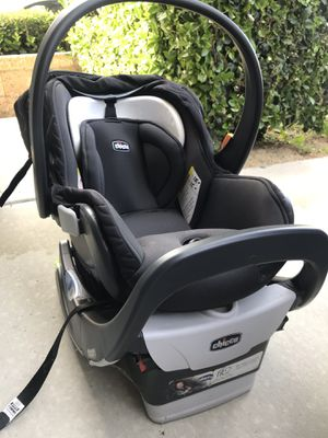 Chicco car seats for Sale in Fontana, CA
