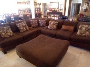 Sectional couch ottoman huge for Sale in Apple Valley, CA