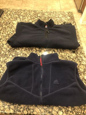 EMS (Eastern Mountain Sports) fleece vest and IZOD fleece pullover, never worn for Sale in Las Vegas, NV