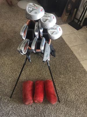 Wilson golf club set for Sale in Montclair, CA