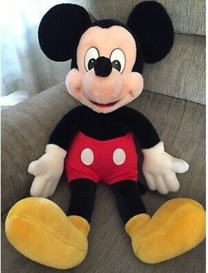 Large mickey mouse for Sale in Allentown, PA