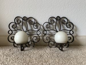Excellent condition pair of sconce for Sale in Woodbridge, VA