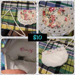 Cross bag for Sale in Fort Leonard Wood, MO