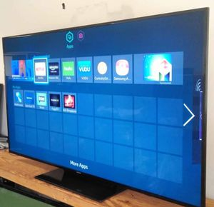 """SMART SAMSUNG TV 65"""" LED """" 6 SERIES"""" WITH. SCREEN. MIRRORING DIGITAL FULL HD 1080p for Sale in Phoenix, AZ"""