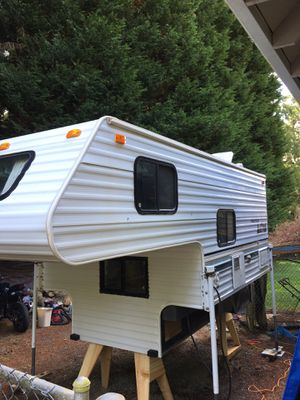 1998 Fleetwood Camper for Sale in Lake Stevens, WA