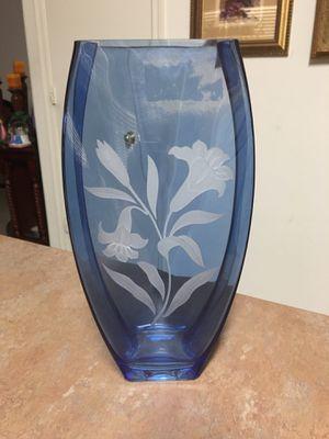 Blue etched floral vase for Sale in El Mirage, AZ