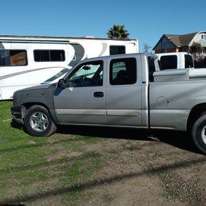 2005 Chevy Silverado for Sale in Sacramento, CA
