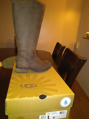 Ugg boots size 6 for Sale in Ashburn, VA