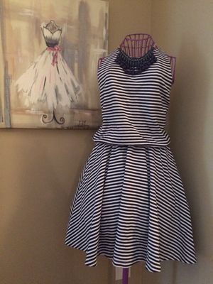 GAP Navy blue & white stripe dress size L for Sale in Atlanta, GA